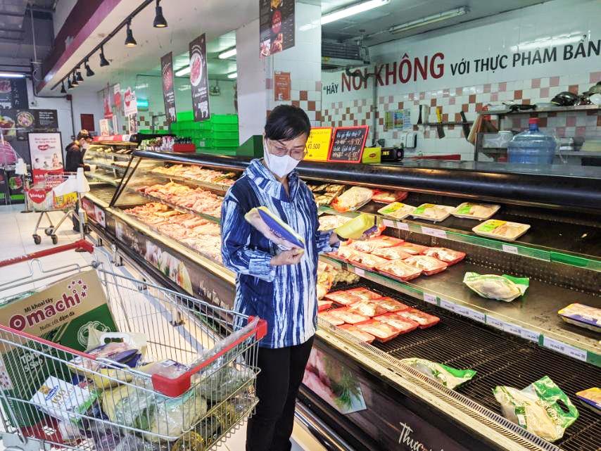 Sức mua Thịt heo sạch MEATDeli và GÀ TƯƠI 3F tăng đột biến trên toàn hệ thống VinMart/VinMart+ tại TP. HCM.